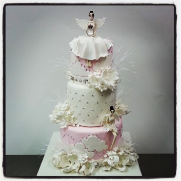 cake-angels-and-crystals